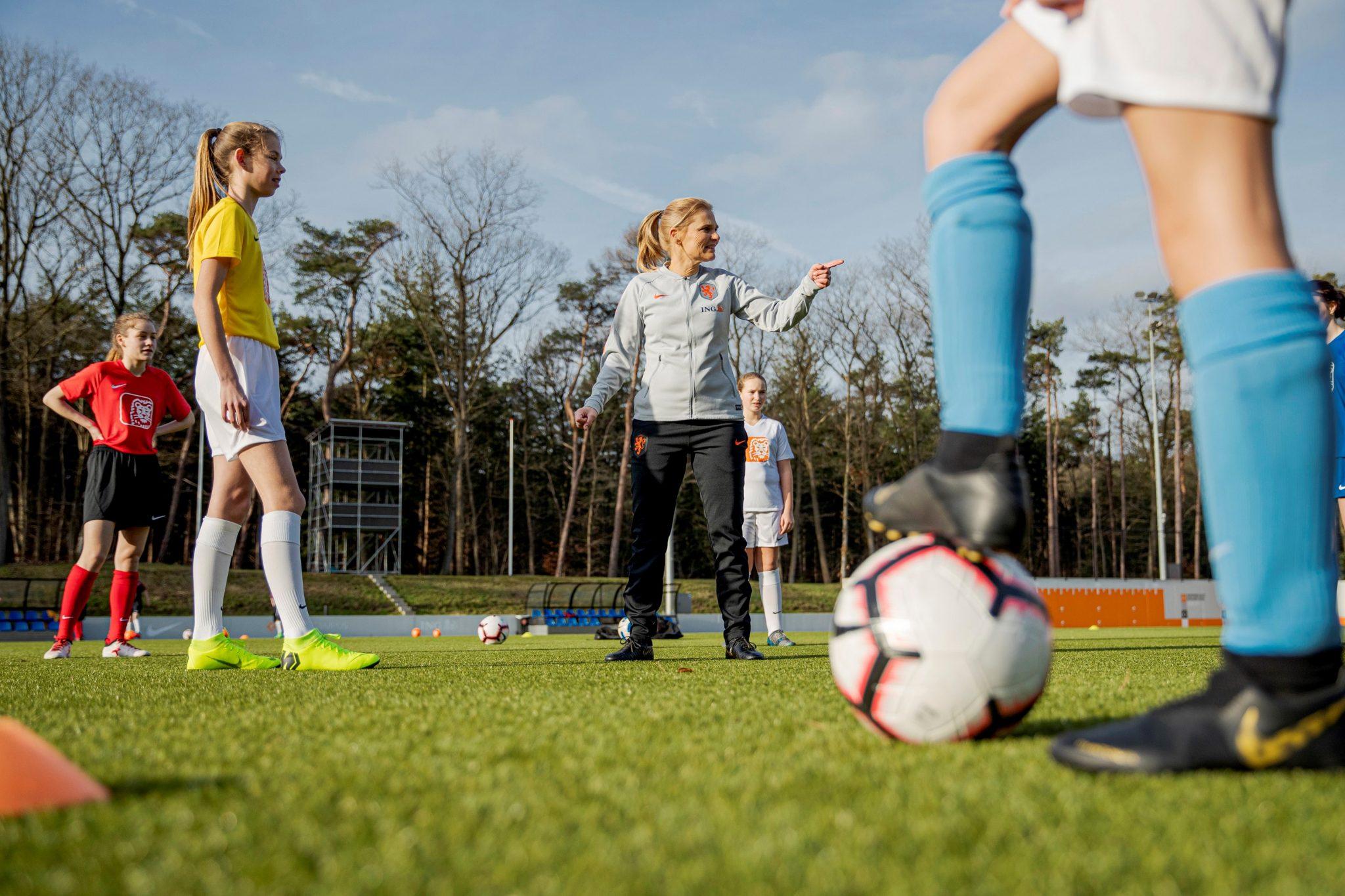 VV Spirit en ING verlengen sponsorcontract en gaan samen voor 25% groei in het meiden- en vrouwenvoetbal